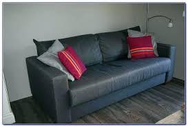retapisser un canapé retapisser un canape recouvrir canap en cuir ikea amanda ricciardi