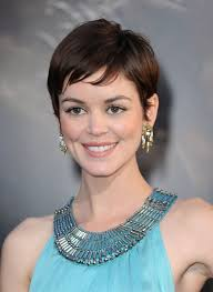 short haircuts when hair grows low on neck 19 cute celebrity haircuts to consider glamour