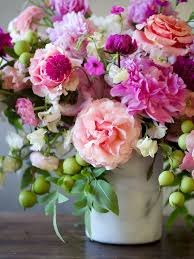 flowers arrangements best 25 floral arrangements ideas on flower