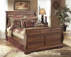 Sleigh Bed Pictures by Timberline Queen Sleigh Bed B258 54 57 96 Complete Beds Hall