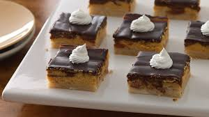 different thanksgiving desserts thanksgiving dessert recipes bettycrocker com
