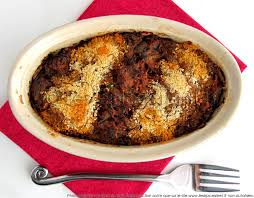 cuisiner les restes de pot au feu pâté chaud de viande de pot au feu en terrine les épices rient