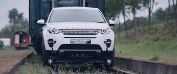 ford range rover look alike land rover discovery sport tows 108 tonne train photos 1 of 10