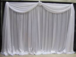 How To Hang Fabric On Walls Without Nails by Best 25 Pipe And Drape Ideas On Pinterest Reception Backdrop