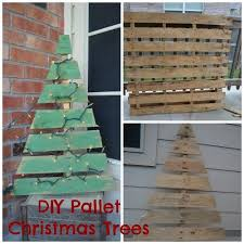 christmas tree pallet diy pallet christmas trees nothing but room