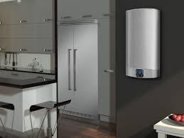 chauffe eau de cuisine gain de place le chauffe eau électrique plat ariston