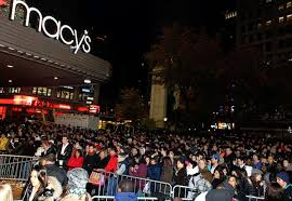 is target opening at midnight on black friday bargain hunters lining up for black friday ny daily news