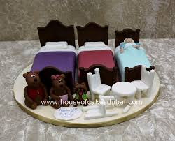 goldilocks and three bears cake dubai