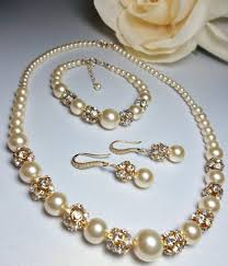 pearl bracelet with gold chain images Bridal jewelry pearl jewelry set gold ivory pearl pearl necklace jpg