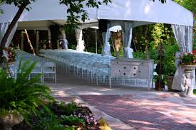 trellis outdoor wedding ceremonies wedding venue costs the hitch
