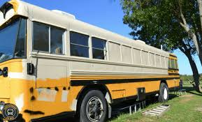 How Many Cans Of Spray Paint To Paint A Car - do you need to paint a bus conversion here are 3 options