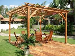 exterior small curved wooden pergola design for corner space