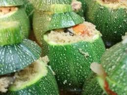 cuisiner des courgettes rondes courgettes rondes farcies à l orientale recette ptitchef