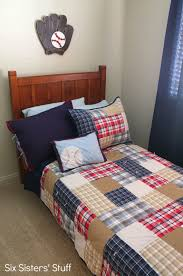 Decorating Bedroom On A Budget by Decorating A Boy U0027s Bedroom On A Budget Six Sisters U0027 Stuff