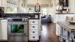 kitchen cottage ideas top 28 ideas small cottage kitchen that look staggering bagis