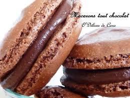 macaron hervé cuisine recette de macarons au chocolat classiques la recette facile