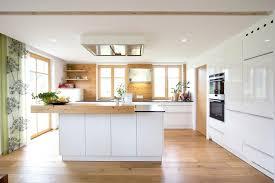 weiße küche mit holz beautiful küche weiß holz contemporary barsetka info barsetka info