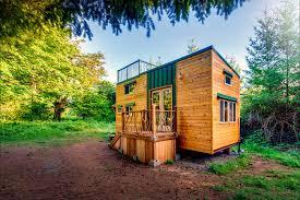 tinyhouse luketinaorlando tinyhouse 2000x1334 jpg