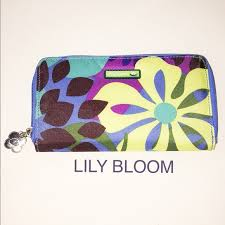 bloom wallet 49 bloom handbags bloom wallet euc from julie