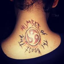 tattoo on back of neck hurt does it hurt to get a tattoo on your neck quora