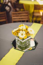 Daisy Centerpiece Ideas by 75 Best Daisy Wedding Images On Pinterest Wedding Stuff Daisies