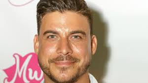 jaxs hairstyle 8 times vanderpump rules jax taylor has apologized for his bad