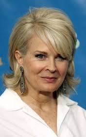 stylish middleaged womens hair styles the 25 best middle aged women ideas on pinterest middle age