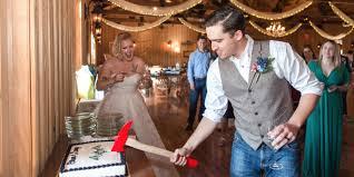 wedding cake cutting songs 10 modern wedding cake cutting songs