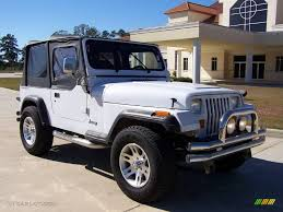white and black jeep wrangler 1994 bright white jeep wrangler s 4x4 4505888 photo 7 gtcarlot