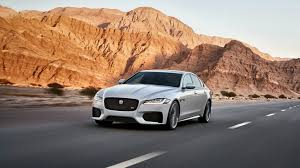 jaguar car wallpaper free hd pc jaguar car wallpapers download