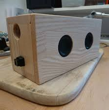 bluetooth speaker in ash tree box 3 steps with pictures