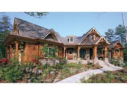 craftsman style ranch home plans home in the woods hwbdo14907 craftsman from builderhouseplans com