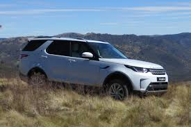 discovery land rover 2018 2018 land rover discovery hse review behind the wheel
