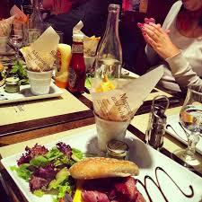 cuisine entre amis file repas entre amis au restaurant jpg wikimedia commons