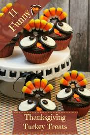 funny images of turkeys in thanksgiving 11 funny thanksgiving turkey treats zoomzee org