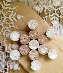 wonderful diy tree ornaments using wine corks diy
