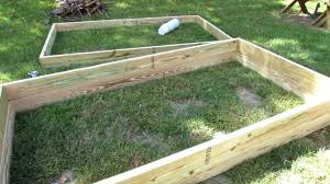 Raised Bed Vegetable Garden Design by How To Quickly U0026 Easily Build Raised Bed Garden Frames Youtube