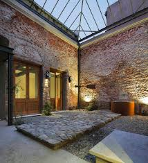 House With Central Courtyard Glicinas Courtyard Amelio Ortiz Haustor