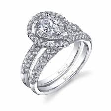 shaped engagement ring êve pear shaped engagement ring with halo sy688