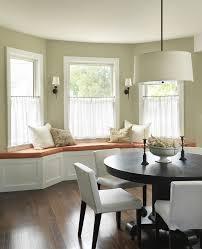 Bay Window Seat Kitchen Table by 106 Best Bay Windows Images On Pinterest Bay Windows Bay Window