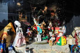 Christmas Window Decorations New York City by What To Do For Christmas And New Year U0027s Eve In New York New