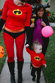 family halloween costumes for 3 an incredible weekend easy diy incredibles family costume
