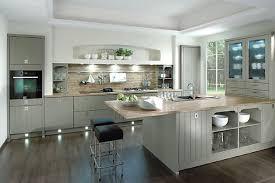landhausküche grau inselküche casa im landhausstil senkrecht geplankt in grau rwk