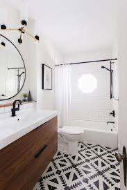 Bathroom Tile Ideas Pictures by Best 25 Eclectic Bathroom Ideas On Pinterest Small Toilet