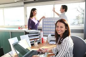 affaires de bureau photos illustrations et vidéos de femmes d affaires