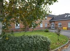 hollins park care home road macclesfield cheshire sk10 3ja