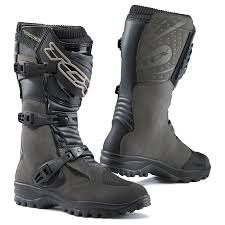 sport bike motorcycle boots getting geared up adventure motorcycle gear on a budget adv pulse