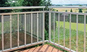windschutz balkon plexiglas balkon windschutz selbst de