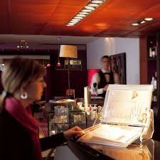 Line Desk Crystal Line Desk Display System Classy And Elegant Design