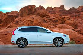 volvo xc60 the 2015 volvo xc60 r design laughs in the face of a vermont snowstorm